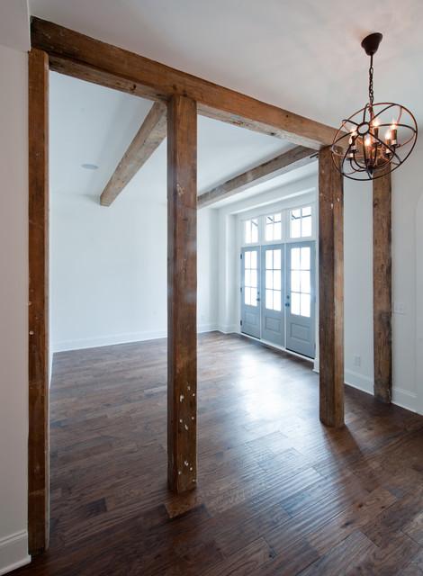Interiors traditional-hall