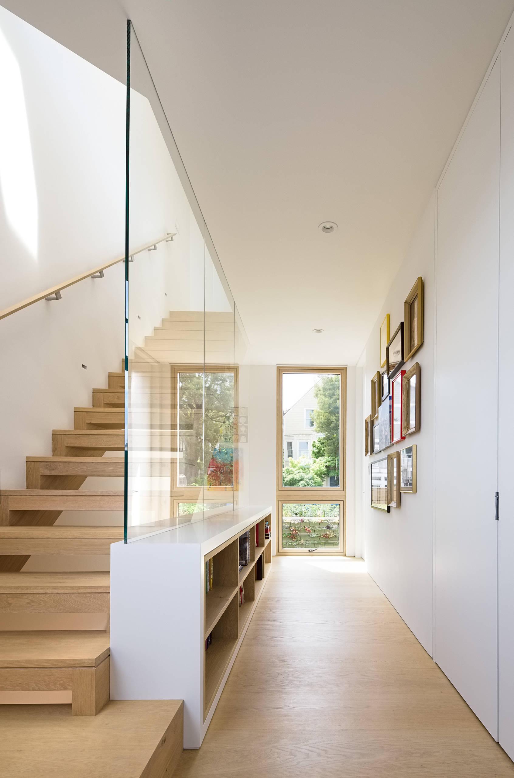 75 Beautiful Modern Hallway Pictures Ideas November 2020 Houzz
