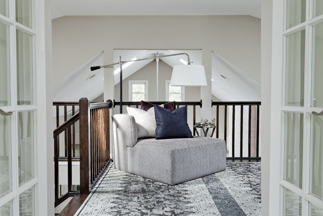 Lakeview Pied - a - Terre contemporary-hall