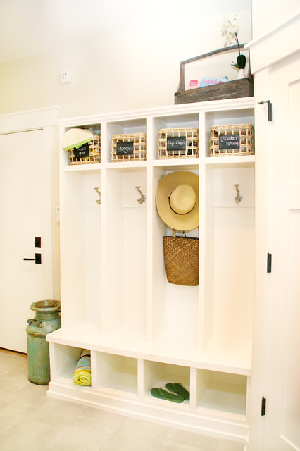 Lockers traditional-hall