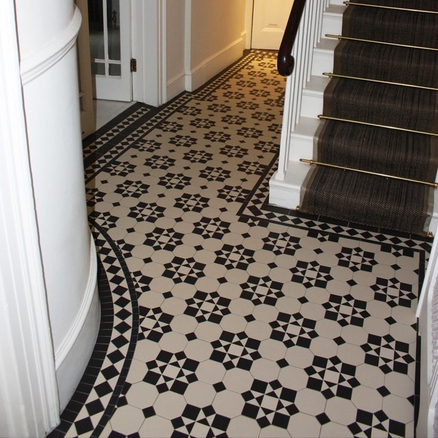 Floor Covering Ideas For Hallways: Monochrome Geometric Tiles In Victorian House