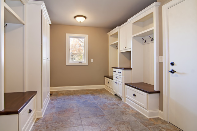 Mudroom modern-hall