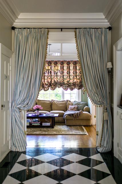 My Houzz: Pettigrew Farm Interior traditional-hall