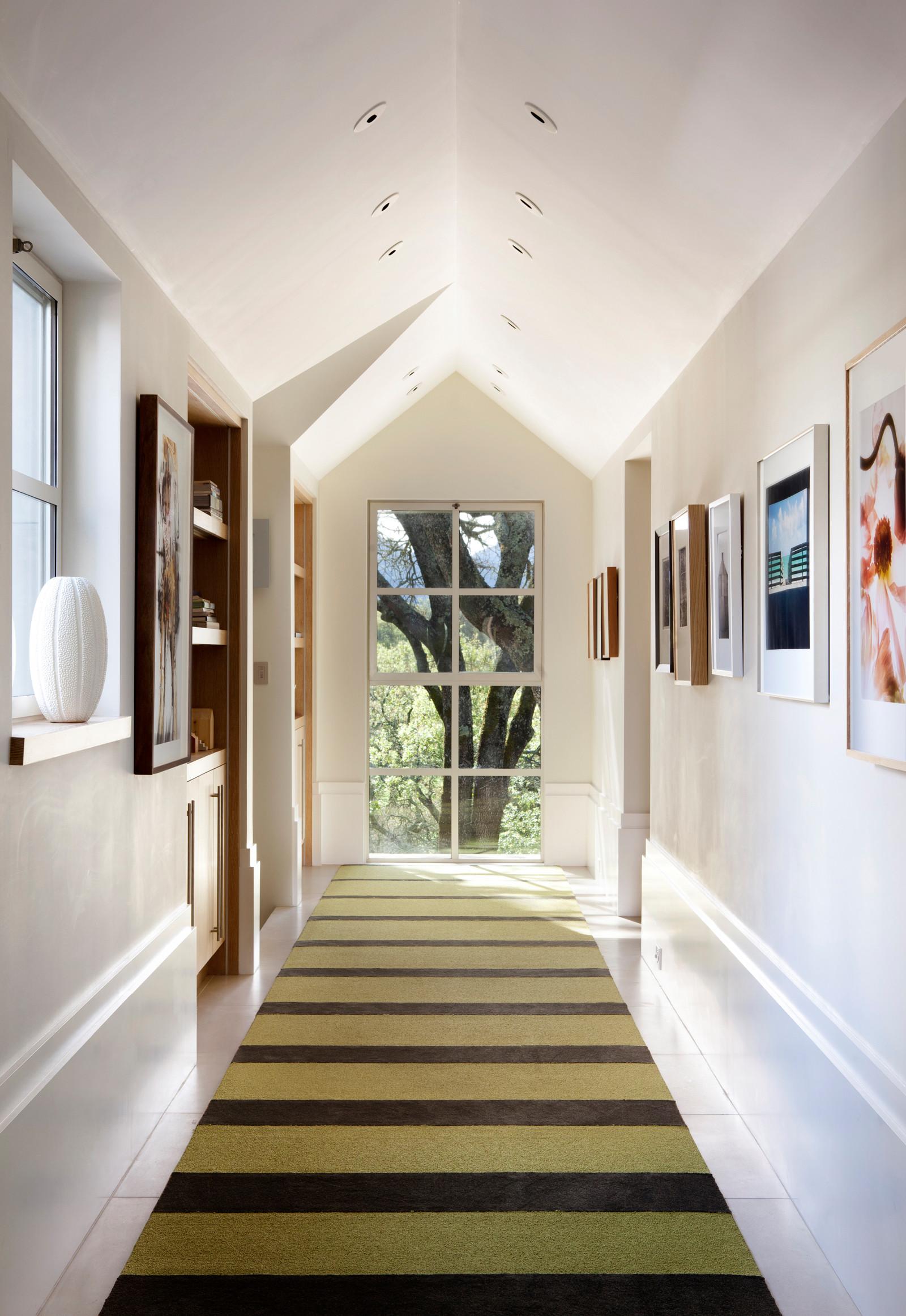 75 Beautiful Farmhouse Hallway Pictures Ideas April 2021 Houzz