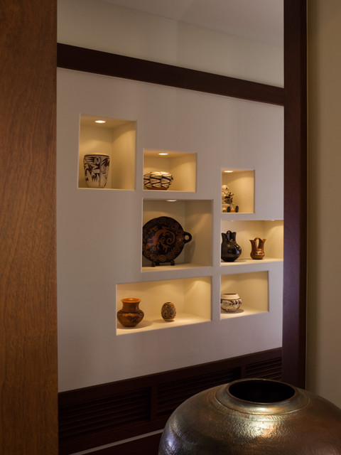 Native american pots display craftsman hall san francisco by shannon - Decoration niche murale ...