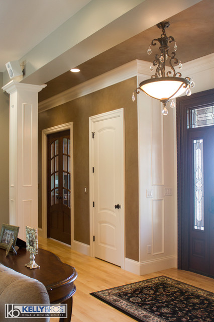 Northern Kentucky New Construction Traditional Hall Cincinnati By Kelly Brothers Home