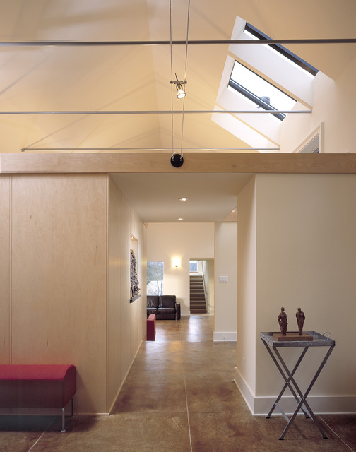 Norway Hills contemporary-hall