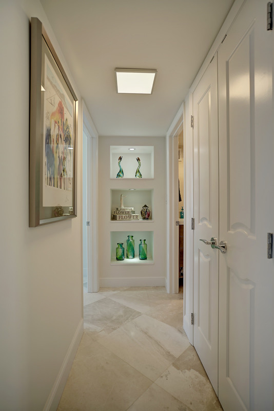 Example of a trendy hallway design in Miami