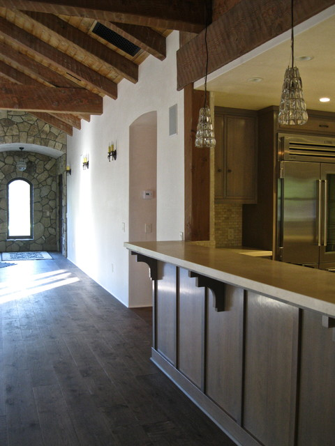 Ojai Home Complete traditional-hall