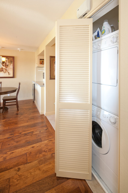 Polo Retreat Hidden Laundry Space traditional-hall