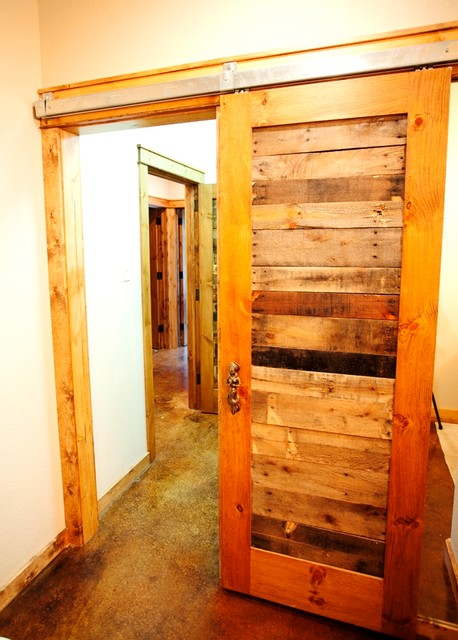 Reclaimed pallet wood doors rustic hall dallas by for Recycled interior doors