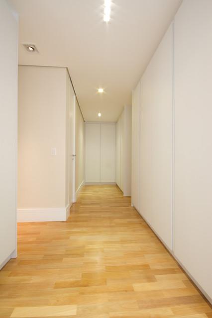 Residencia Tambore contemporary-hall
