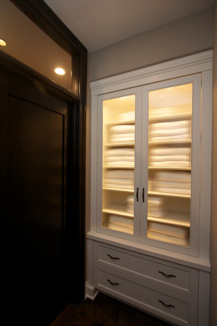 Robeson Design Built In Hallway Closet, Towel Storage and Linen Storage