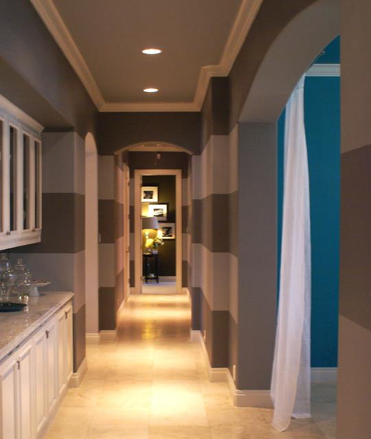 San Antonio Colorful Home modern-hall