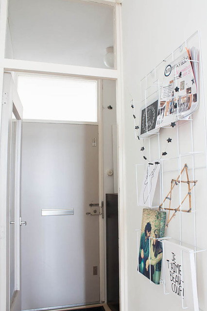 Inspiration for a scandinavian hallway remodel in Amsterdam