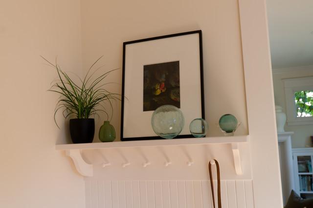 coat hooks with shelf above 3
