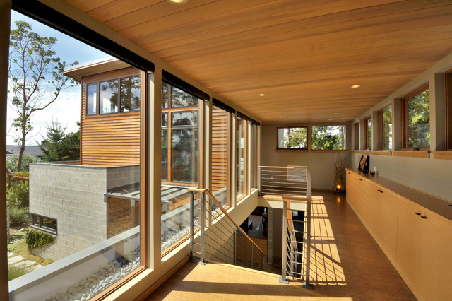 Sunset Drive Residence contemporary-hall