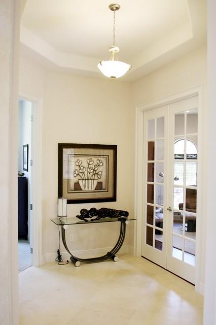 the venice model moderne couloir orlando par harbor hills development. Black Bedroom Furniture Sets. Home Design Ideas