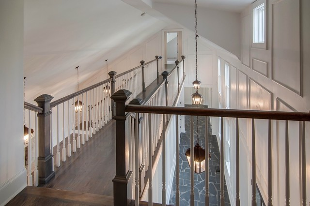 Example of a classic hallway design in Nashville