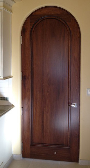 Tuscan Doors 1 Panel With True Radius Arch Top