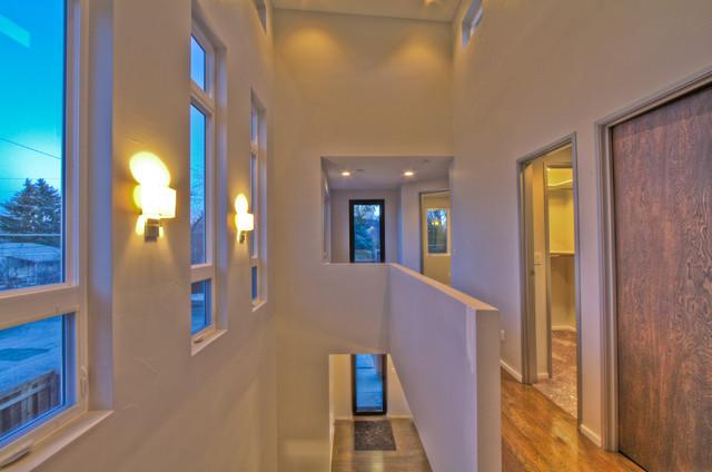 UnrealConstruction, LLC modern-hall