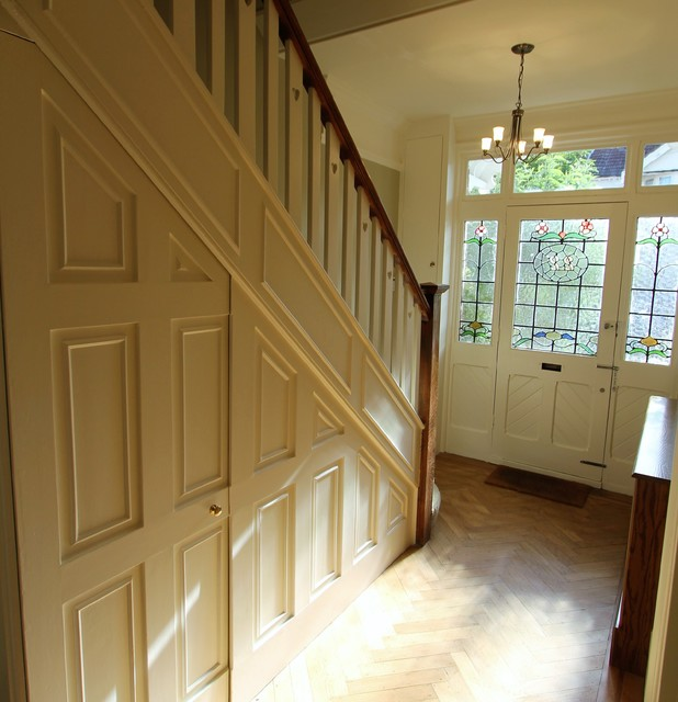 Victorian Hallway: Victorian Terraced House -Winchmore Hill