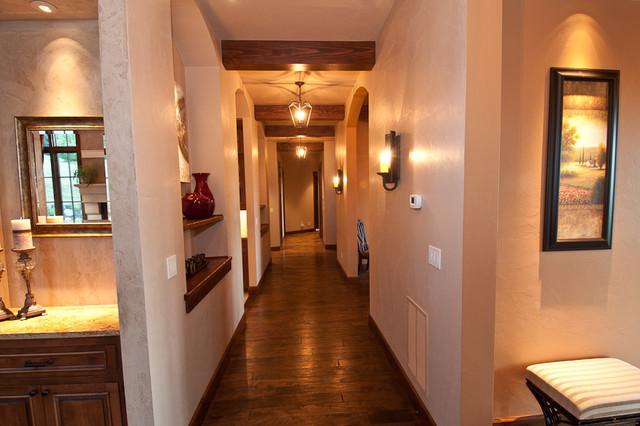 Villa on Erickson Hallway hall