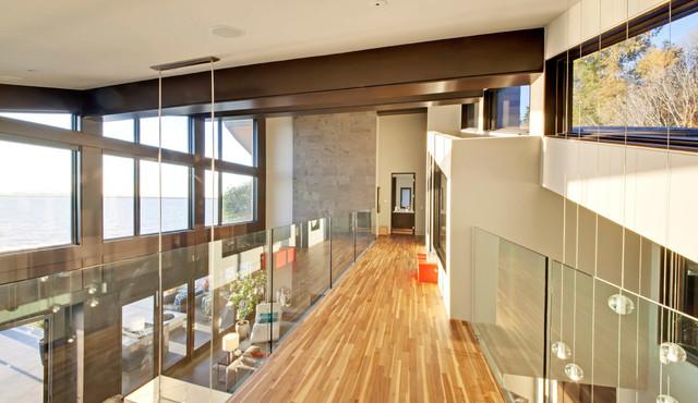 Watersedge contemporary-hall
