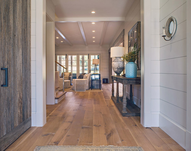 Nashville tennessee wide plank white oak craftsman for Hardwood floors nashville