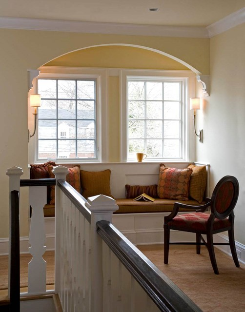 Window Seat / Nook contemporary-hall