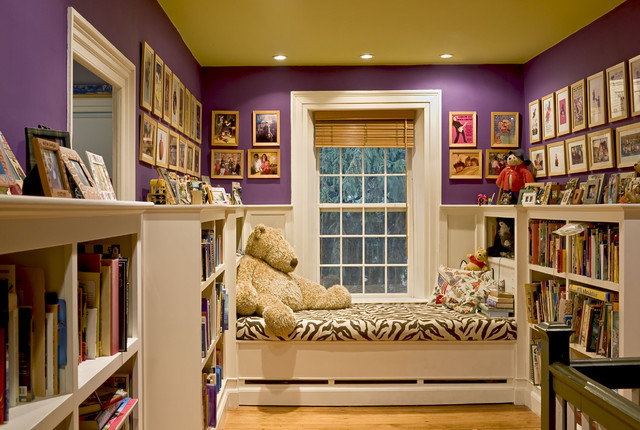Window seat reading nook at end of stair hallway Window seat reading nook