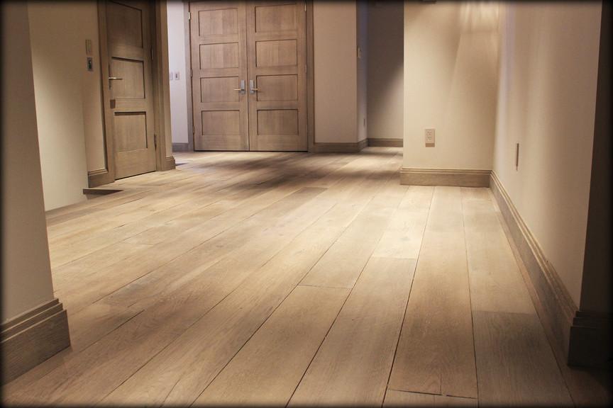 Wire-Brushed Wide Plank Oak