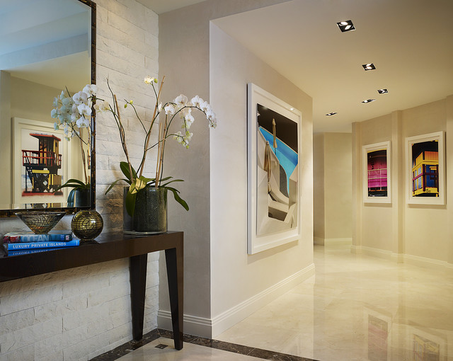 contemporary hall by Arnold Schulman Design Group