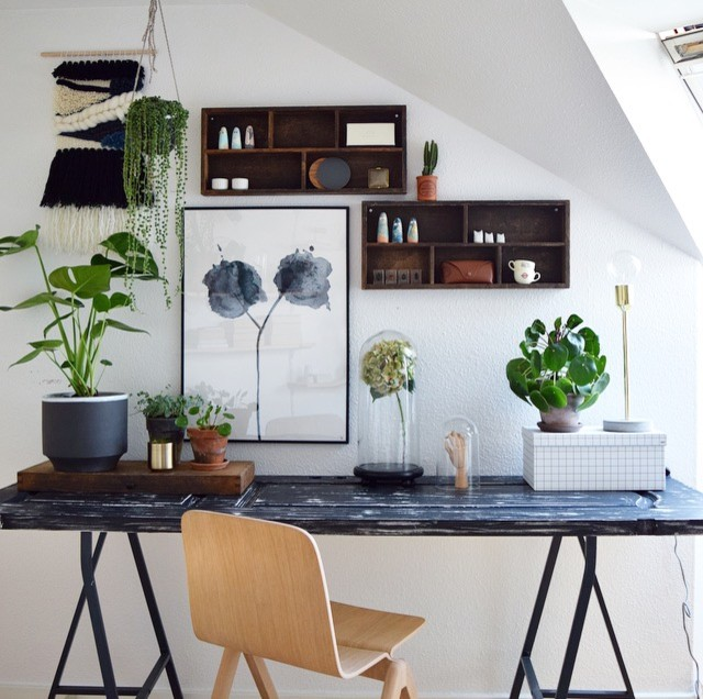 Design ideas for a scandi home office and library in Aarhus.