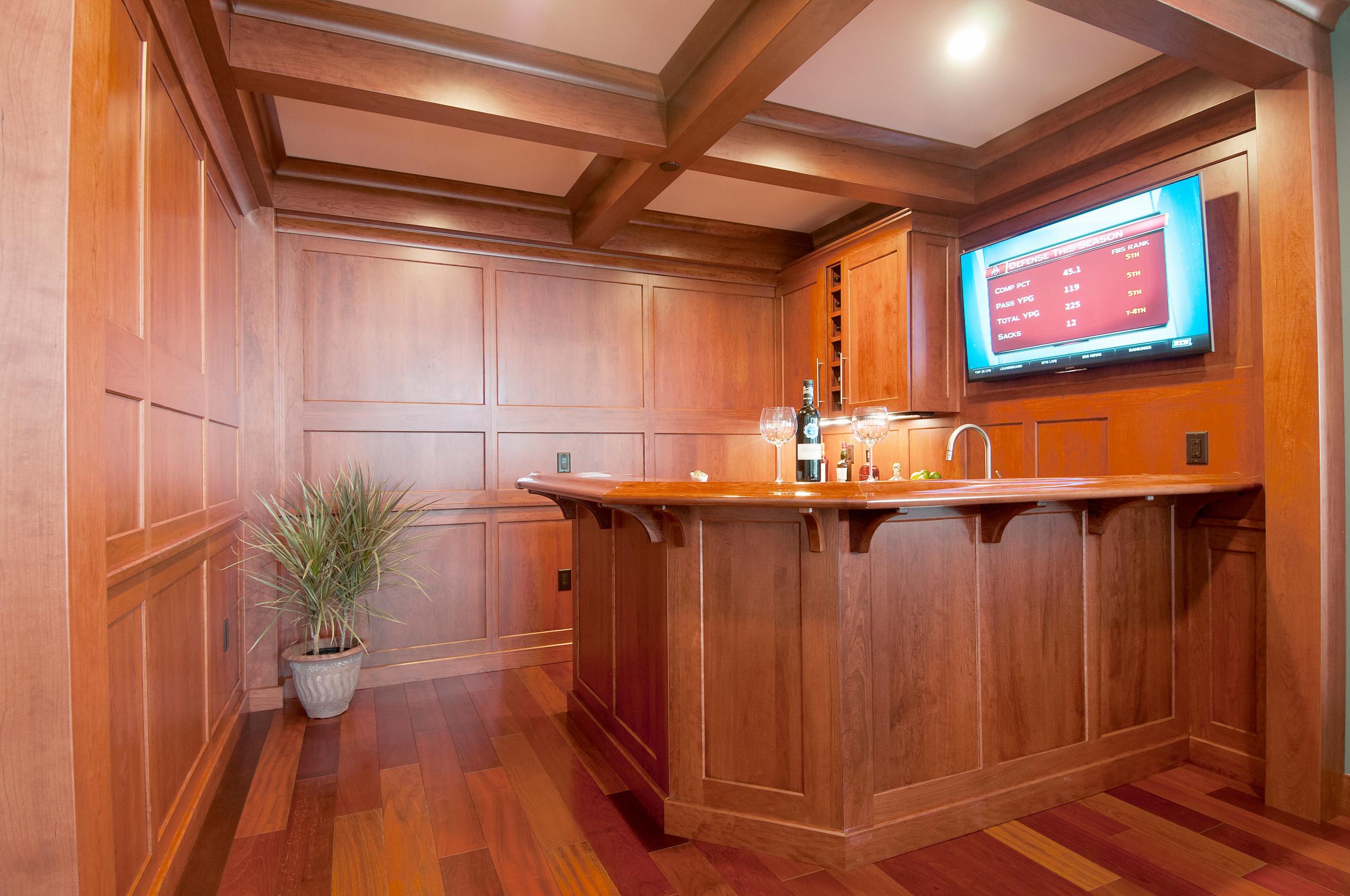 Award-Winning Wet Bar in Penthouse Condo