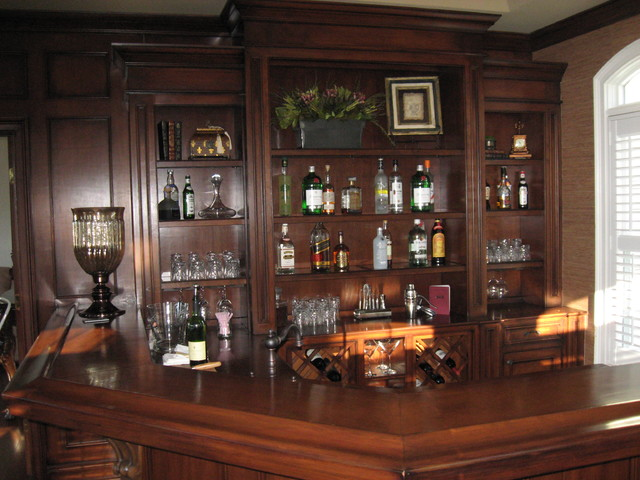 Bar Area Traditional Home Bar new york by Top  : traditional home bar from www.houzz.com size 640 x 480 jpeg 90kB
