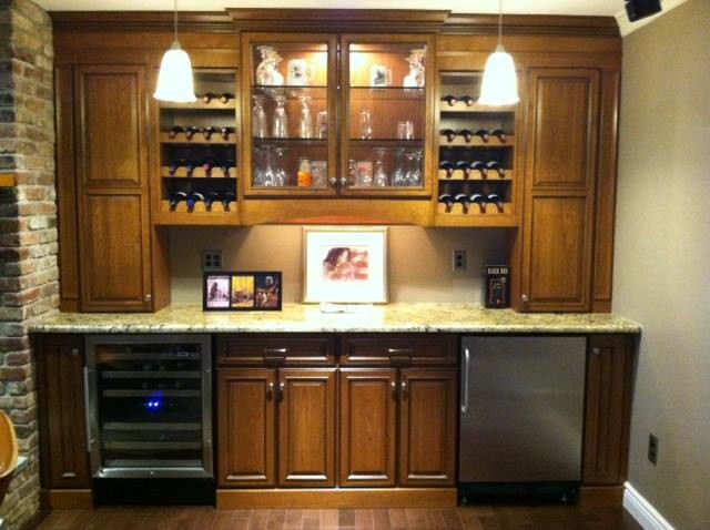 Bar Unit Traditional Home Bar New York By Dynamic Kitchens And Furniture