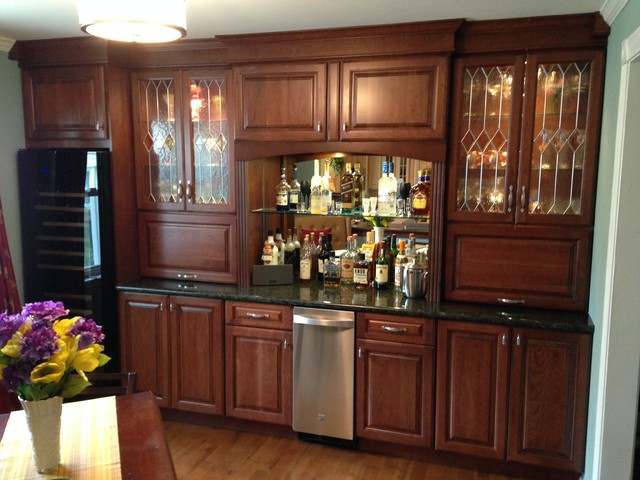 Bar wall entertainment center traditional home bar for Entertainment bar for home