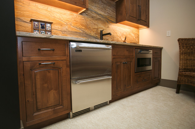 Inspiration for a rustic home bar remodel in Indianapolis