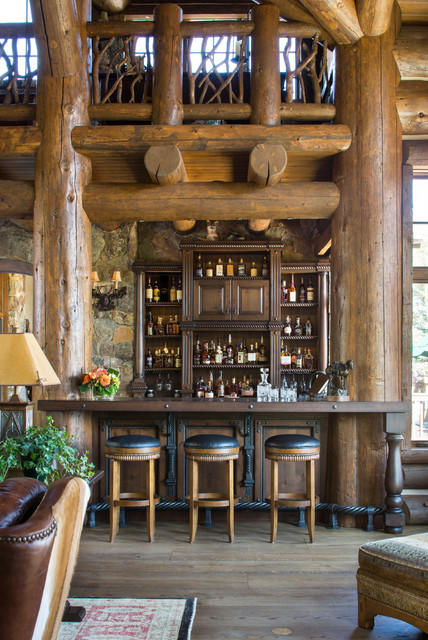 Black bear cordillera co rustic home bar denver by meadow mountain homes - Angoli bar per casa ...