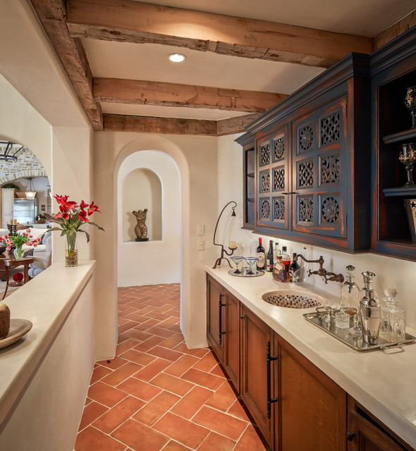 Home Bar Design Ideas Houzz: Mediterranean