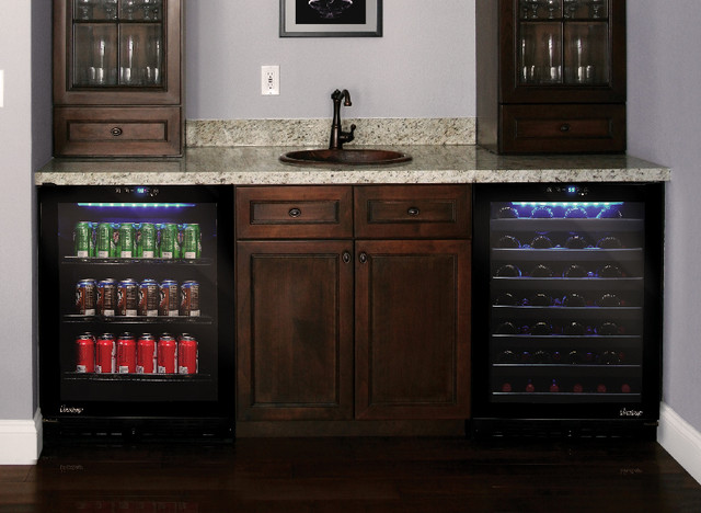 Wine and beverage cooler in home bar contemporary los for Modern homes 8 bottle wine cooler