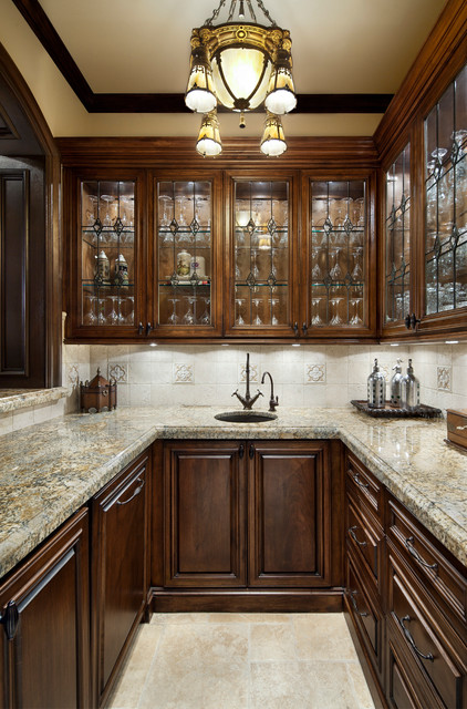 English manor traditional home bar houston by for Traditional english kitchen