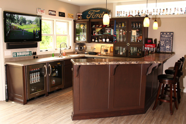 Flynn Residence Richfield Wi Traditional Home Bar Milwaukee By Mid State Supply