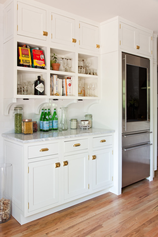 Transitional home bar photo in Other