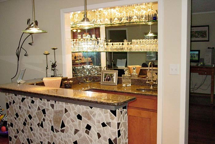Kitchen and Home Bar - Lake Highlands, Dallas