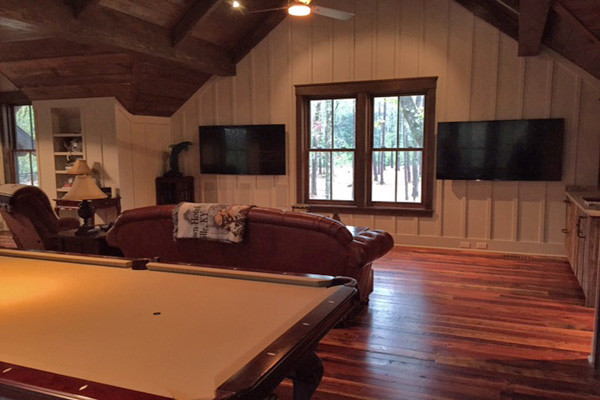 Country Rustic Man Cave : Low country man cave