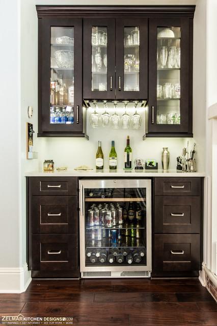 Lowe waypoint zelmar kitchen remodel contest winner for Angolo colazione contemporaneo