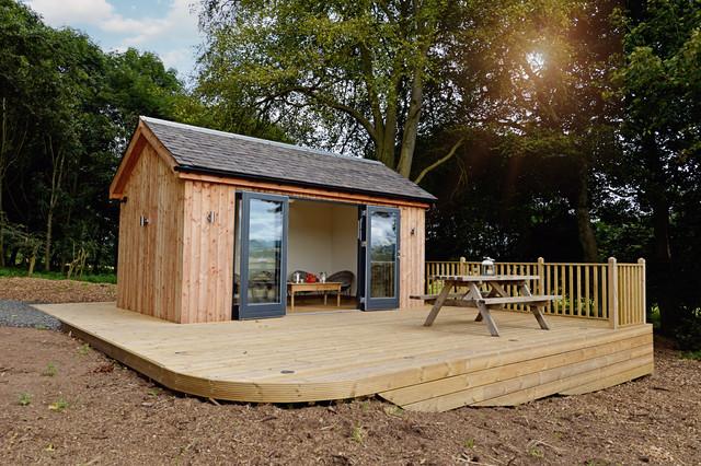 Luxury Garden Rooms U0026 Bar Country Home Bar