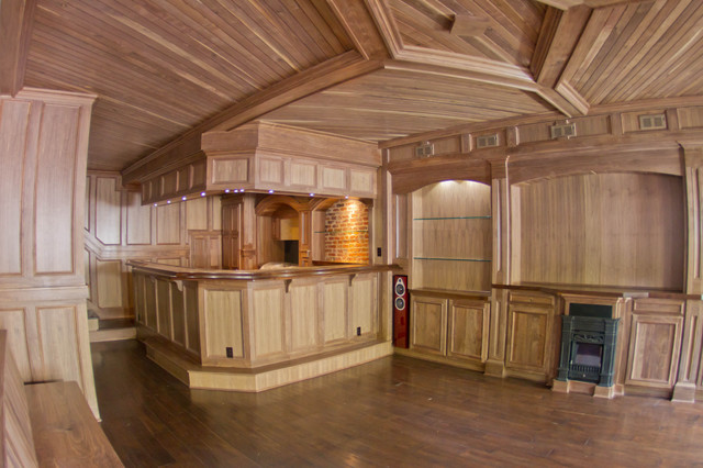 Man Cave Townhome Downtown rustic-home-bar